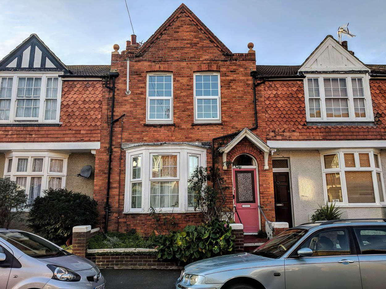 3 Bedrooms Terraced House for sale in Sheen Road, Eastbourne
